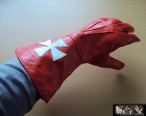 Knights Templar Red Leather Gauntlets